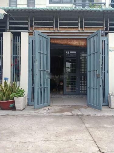 Nhà phố hẻm rộng 6m đường Hà Huy Giáp diện tích 68m2, không nội thất.