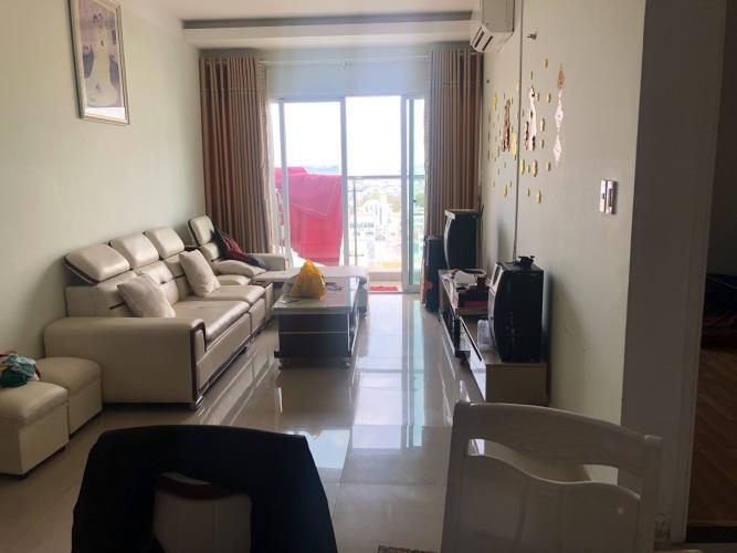 Căn hộ Carillon Apartment tầng 14 có 3 phòng ngủ, đầy đủ nội thất.