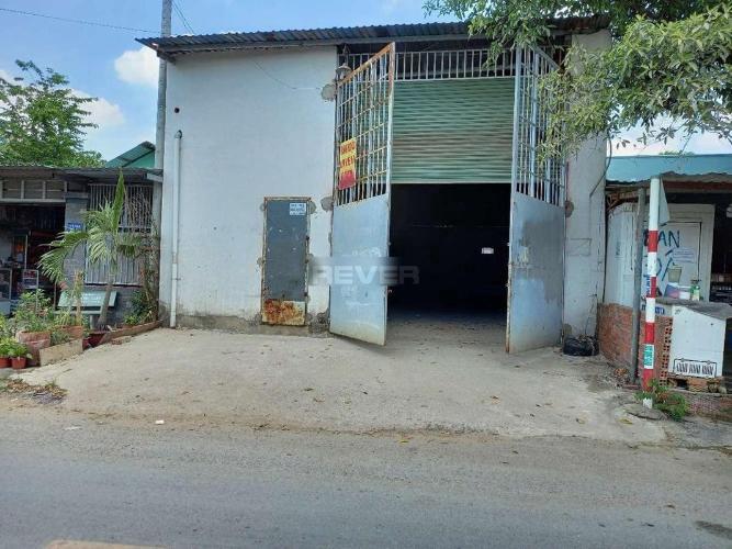 Nhà xưởng kho bãi Huyện Hóc Môn Nhà xưởng kho bãi mặt tiền đường Huỳnh Thị Mai, diện tích 207m2.