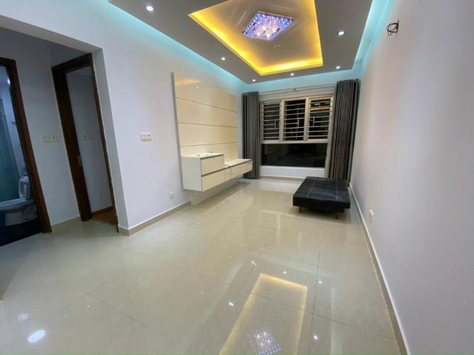 Căn hộ Celadon City tầng 10 nội thất cơ bản, view thoáng mát yên tĩnh.