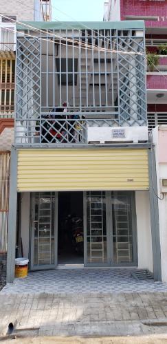 Nhà phố mặt tiền đường Cao Đạt kết cấu 1 trệt 1 lầu, khu dân cư sầm uất.