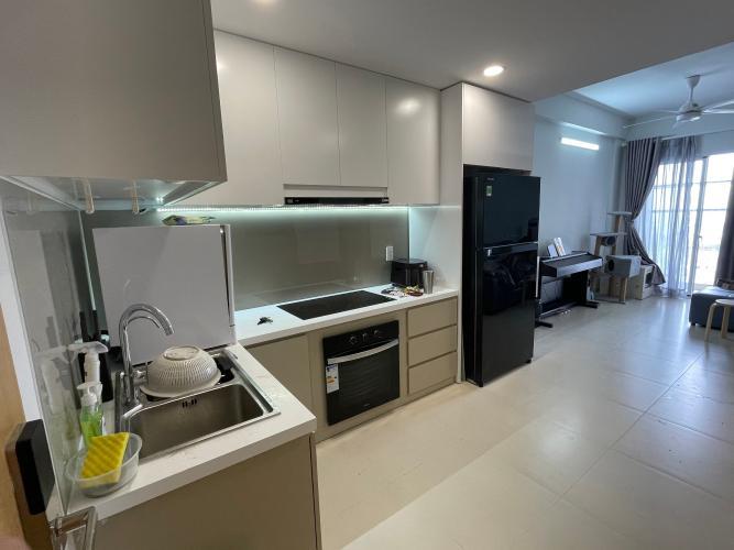 Phòng bếp Carillon 7, Tân Phú Căn hộ Carillon 7 nội thất cơ bản, ban công hướng Tây.