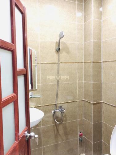 Phòng tắm nhà phố Quận Gò Vấp Nhà phố Q.Gò Vấp hướng Nam diện tích sử dụng 131m2, sổ hồng riêng.