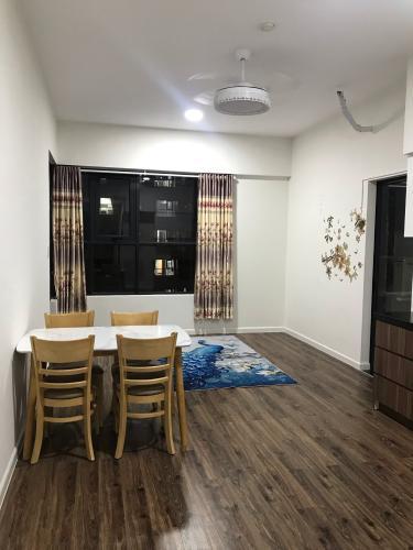 Căn hộ Mizuki Park tầng 12 hướng Đông thoáng mát, nội thất cơ bản.