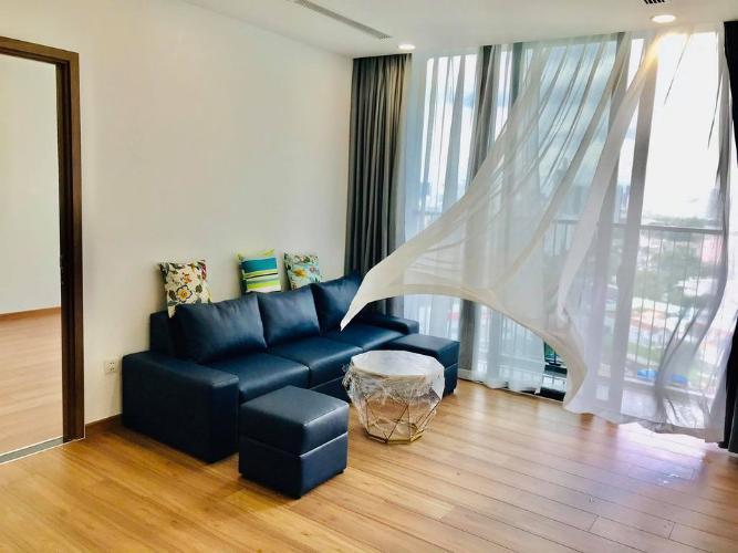Căn hộ Eco Green Saigon đầy đủ nội thất, view thành phố sầm uất.