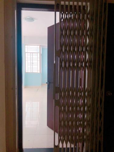 Không gian căn hộ Tân Thịnh Lợi, Quận 6 Căn hộ Tân Thịnh Lợi tầng 4 view thoáng mát, không nội thất.