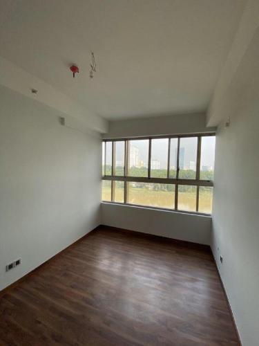 Căn hộ Phú Mỹ Hưng Midtown tầng cao, nội thất cơ bản.