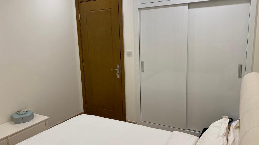 phòng ngủ căn hộ Vinhomes Central Park Căn hộ tầng 10 Vinhomes Central Park nội thất đầy đủ