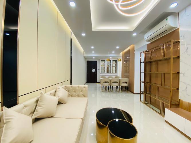 Phòng khách căn hộ One Verandah, Quận 2 Căn hộ One Verandah đầy đủ nội thất hoàn thiện, view thoáng mát.