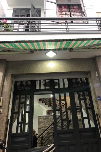 Mặt tiền nhà phố Nhà phố Bình Tân cửa hướng Bắc thiết kế kiên cố, hẻm xe máy.