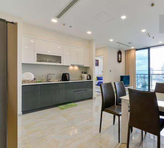 Phòng bếp căn hộ Vinhomes Golden River Căn hộ Vinhomes Golden River, đầy đủ nội thất, ban công thoáng mát