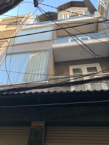 Mặt tiền Nhà phố hướng Đông Nam, hẻm khu dân cư yên tĩnh.