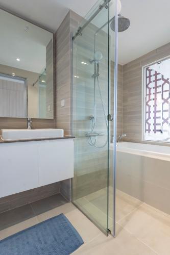 Phòng tắm Vista Verde Quận 2 Căn hộ Vista Verde tầng cao, view thành phố.