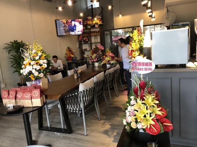 nội thất Shophouse Palm Residences diện tích 96m2, kinh doanh quán cafe thuận tiện
