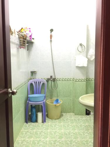 Toilet nhà phố Bình Thạnh Bán nhà hẻm Đặng Thùy Trâm, Bình Thạnh, sổ hồng, cách cầu Bình Lợi 700m