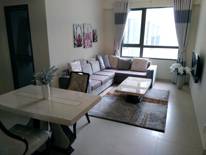 Căn hộ cao cấp Masteri Thảo Điền tầng cao, đầy đủ nội thất hiện đại.