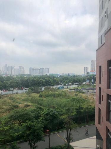 View từ  căn hộ The Sun Avenue Office-tel The Sun Avenue nội thất cơ bản liền tường, view thành phố.