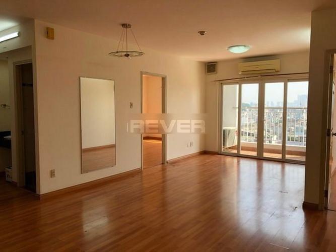 Căn hộ PN Techcons được lót toàn bộ sàn gỗ, view Landmark 81 tuyệt đẹp.