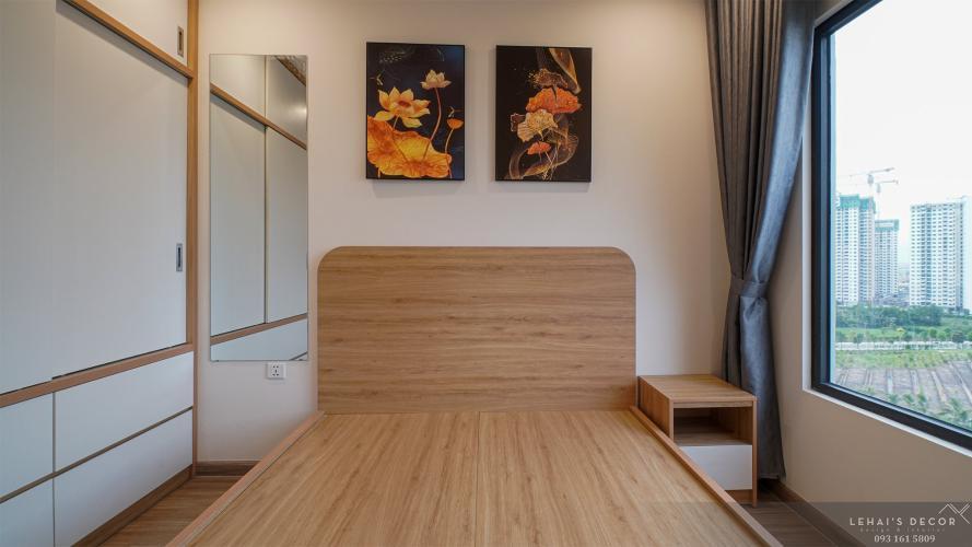Phòng ngủ căn hộ Vinhomes Grand Park, Quận 9 Căn hộ Vinhomes Grand Park ban công hướng Đông Nam thoáng mát.