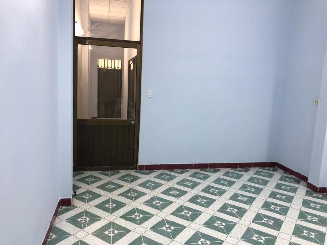 Phòng ngủ nhà phố Quận Bình Tân Nhà phố hẻm rộng 10m Q.Bình Tân hướng Nam diện tích 120m2, có sổ đỏ.