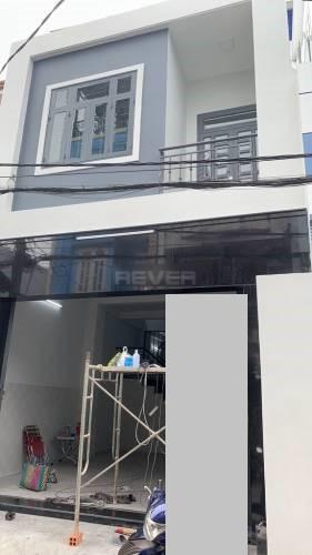 Mặt tiền nhà phố Quận Bình Tân Nhà phố cửa hướng Nam thiết kế 1 trệt, 1 lầu thoáng mát, không có nội thất.