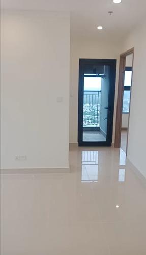 Căn hộ Vinhomes Grand Park tầng 32 diện tích 69.3m2, không nội thất.