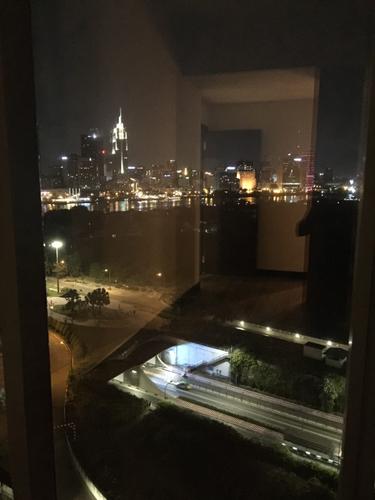 View căn hộ Empire City, Quận 2 Căn hộ Empire City tầng 13 view thành phố lung linh, nội thất cơ bản.