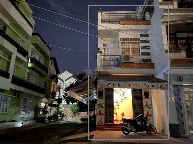 Nhà phố Quận Bình Tân Nhà phố mặt tiền đường Số 4 diện tích 64m2, không có nội thất.