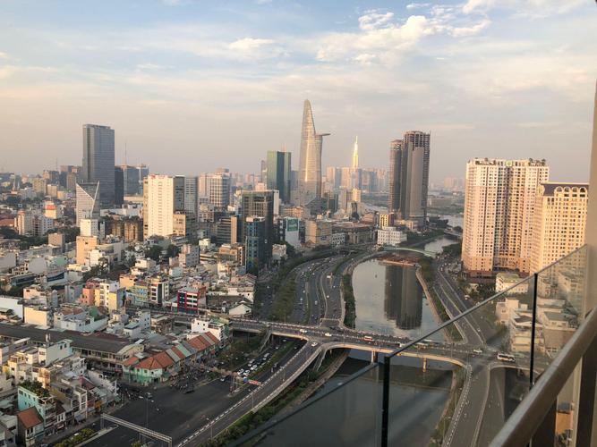 View căn hộ Masteri Millennium, Quận 4 Căn hộ Masteri Millennium tầng 30 cửa hướng Đông Nam, view thành phố.