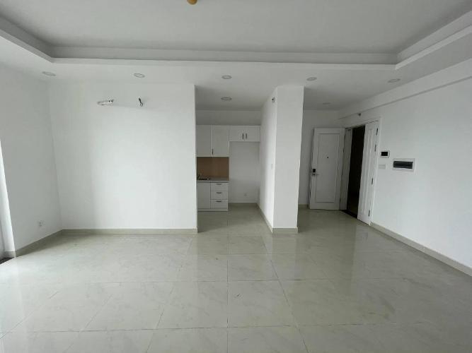 Căn hộ Saigon Mia có 2 phòng ngủ, nội thất cơ bản.