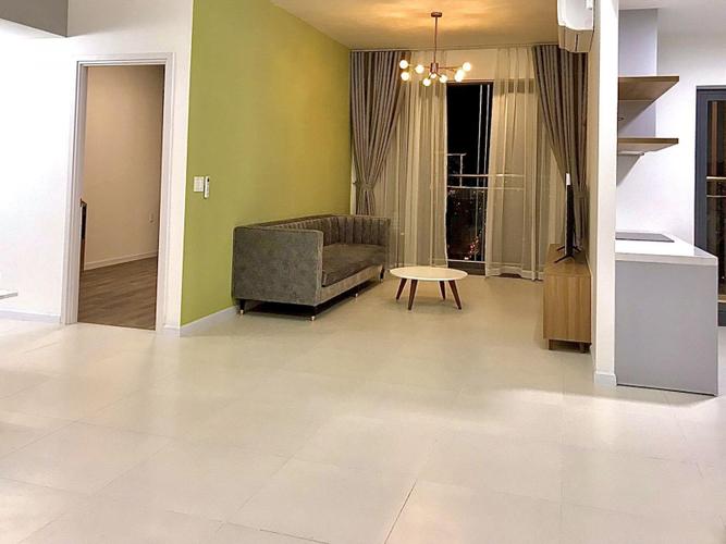 Căn hộ Ascent Lakeside tầng 17 thiết kế 2 phòng ngủ, đầy đủ nội thất.