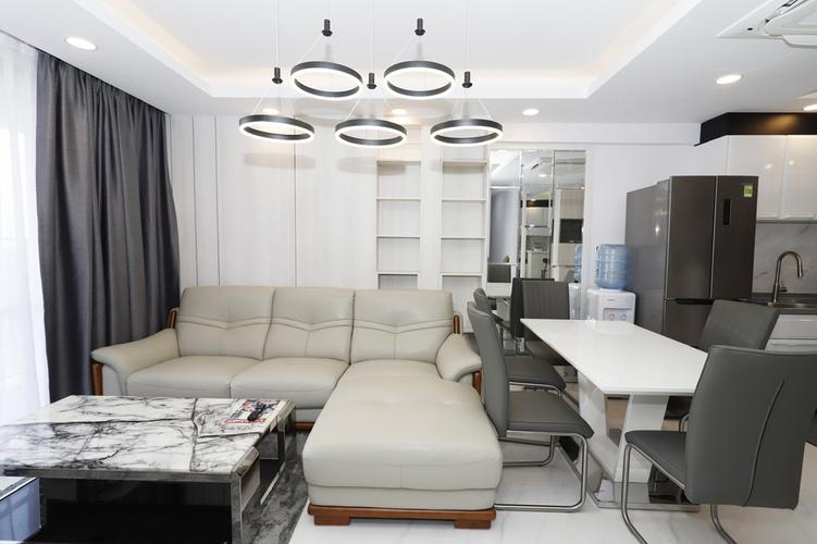 Căn hộ Saigon South Residence tầng cao, thiết kế kỹ lưỡng có ô đậu xe.