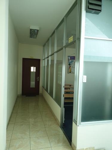 Nhà phố Quận Tân Bình Tòa nhà văn phòng diện tích 150m2, thiết kế 5 tầng đúc chắc chắn.