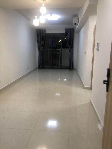 Phòng khách Celadon City, Tân Phú Căn hộ Celadon City thiết kế hiện đại, nội thất cơ bản.