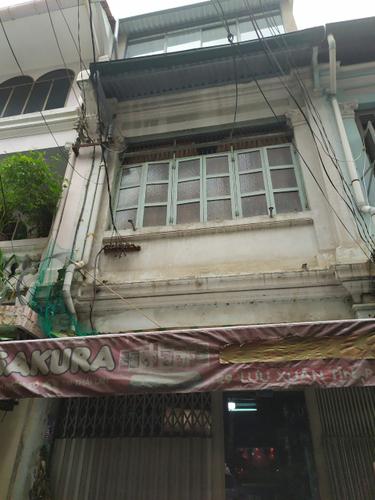 Nhà phố có sổ hồng riêng, diện tích 68m2 không có nội thất.