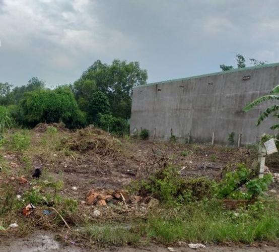 Đất nền diện tích 1846m2 vuông vức, khu vực dân cư sầm uất.