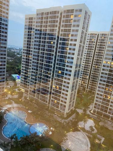View căn hộ Vinhomes Grand Park, Quận 9 Căn hộ hạng sang Vinhomes Grand Park tầng 16, view nội khu thoáng mát.