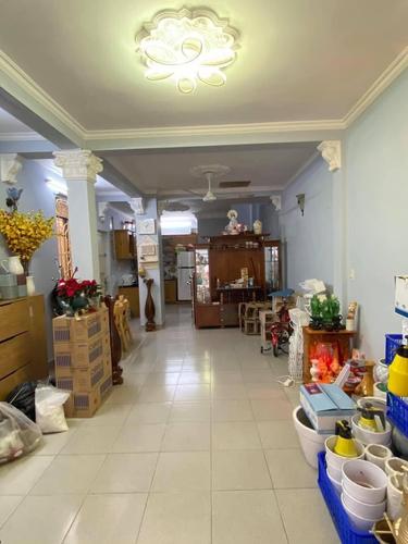 Nhà phố diện tích 48m2, hẻm xe ba gác trước nhà, sát bên chợ Thị Nghè.