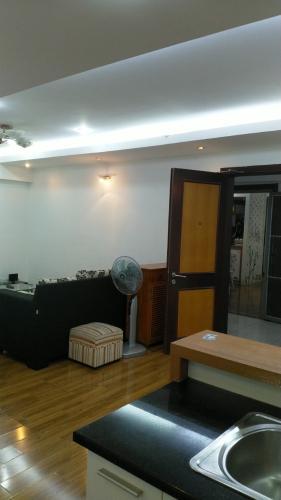 Phòng khách căn hộ Ruby Garden Căn hộ chung cư Ruby Garden tầng 8 view thoáng mát, đủ nội thất.