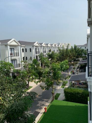 View biệt thự Huyện Nhà Bè Biêt thự khu NineSouth diện tích 140m2, bàn giao nhà đầy đủ nội thất.