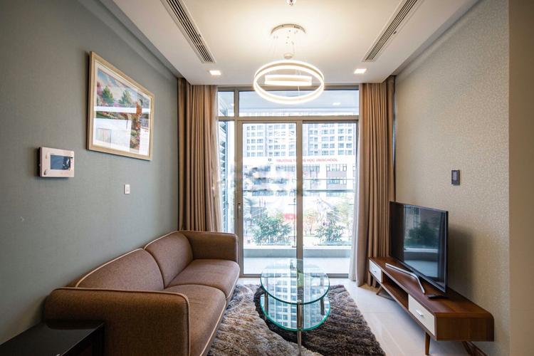 Căn hộ tầng 2 Vinhomes Central Park nội thất đầy đủ, view thoáng
