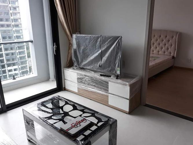 Căn hộ tầng 8 New City Thủ Thiêm, đầy đủ nội thất và tiện ích.
