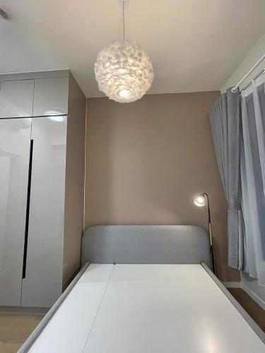 Căn hộ Q2 Thảo Điền, Quận 2 Căn hộ Q2 Thảo Điền tầng 21, đầy đủ nội thất và tiện ích.