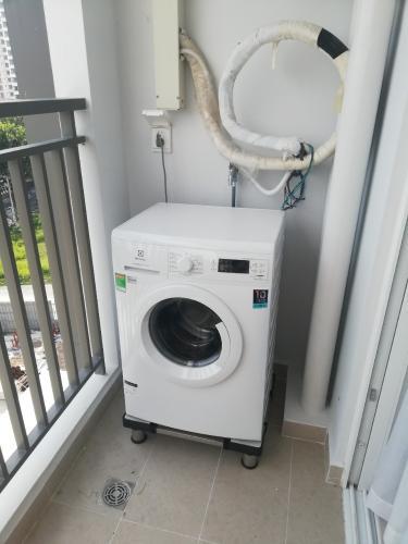 máy giặt căn hộ SUNRISE RIVERSIDE Cho thuê căn hộ Sunrise Riverside, diện tích 91.8m2