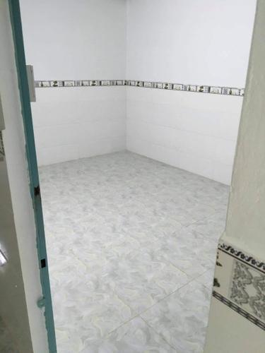 Mặt bằng kinh doanh Quận Bình Tân Mặt bằng kinh doanh kết cấu 1 trệt, 1 gác lửng có phòng ngủ ở lại.