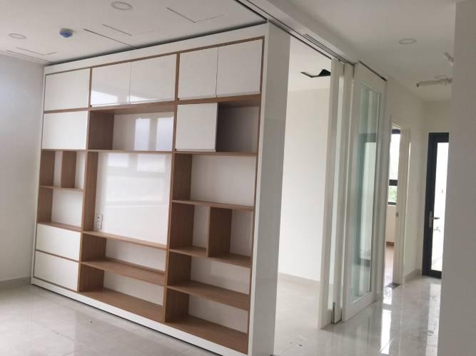 Căn hộ Saigon Intela tầng 13 thiết kế 2 phòng ngủ, nội thất cơ bản.