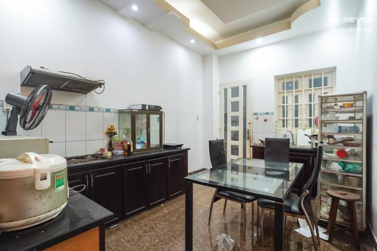 Bếp nhà phố Bình Thạnh Cho thuê nhà nguyên căn mặt tiền Nguyễn Văn Đậu, Bình Thạnh, DT 189m2, hướng Đông Nam