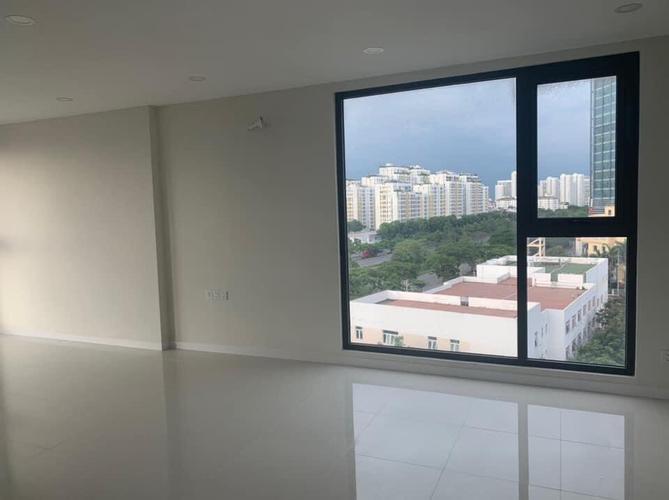 Phòng khách căn hộ Lavida Plus, Quận 7 OT Lavida Plus tầng 4 thiết kế sang trọng, có 1 phòng ngủ thoáng mát.