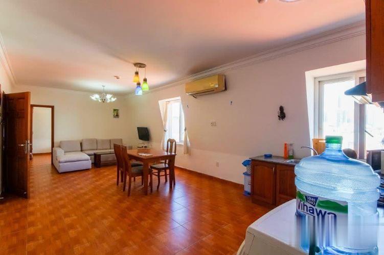 Căn hộ dịch vụ Camellia Apartment gồm 4 phòng ngủ, đầy đủ nội thất.