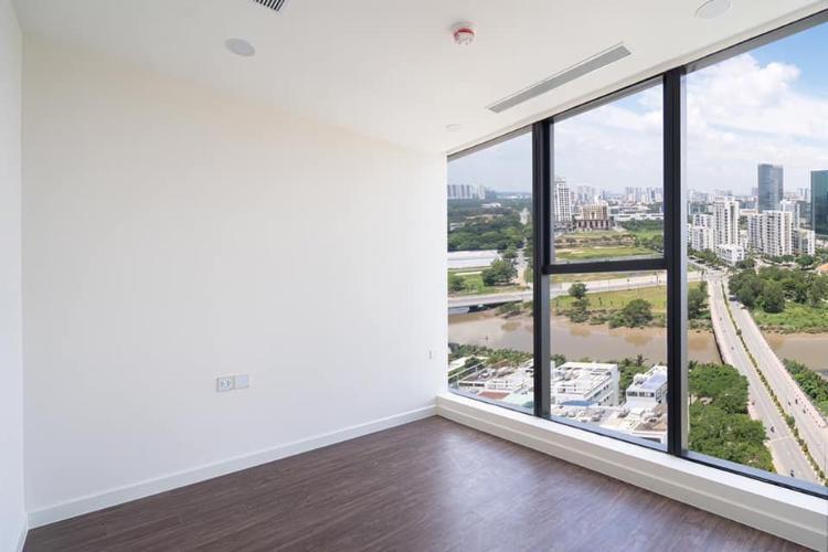 Phòng ngủ căn hộ Sunshine City SaiGon, Quận 7 Căn hộ Sunshine City Saigon tầng 5 ban công rộng rãi, view đón gió mát mẻ.